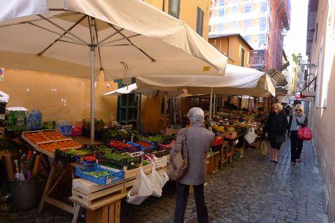 mercato2.jpg