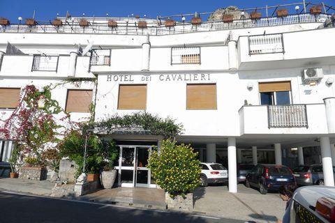 amarfi-hotel-cavalieri.jpg